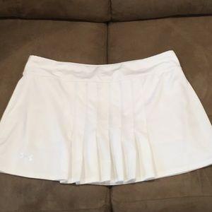 Underarmour heat gear skirt size L